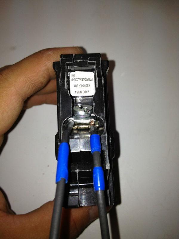 Orange County Electrician Fixing Breaker